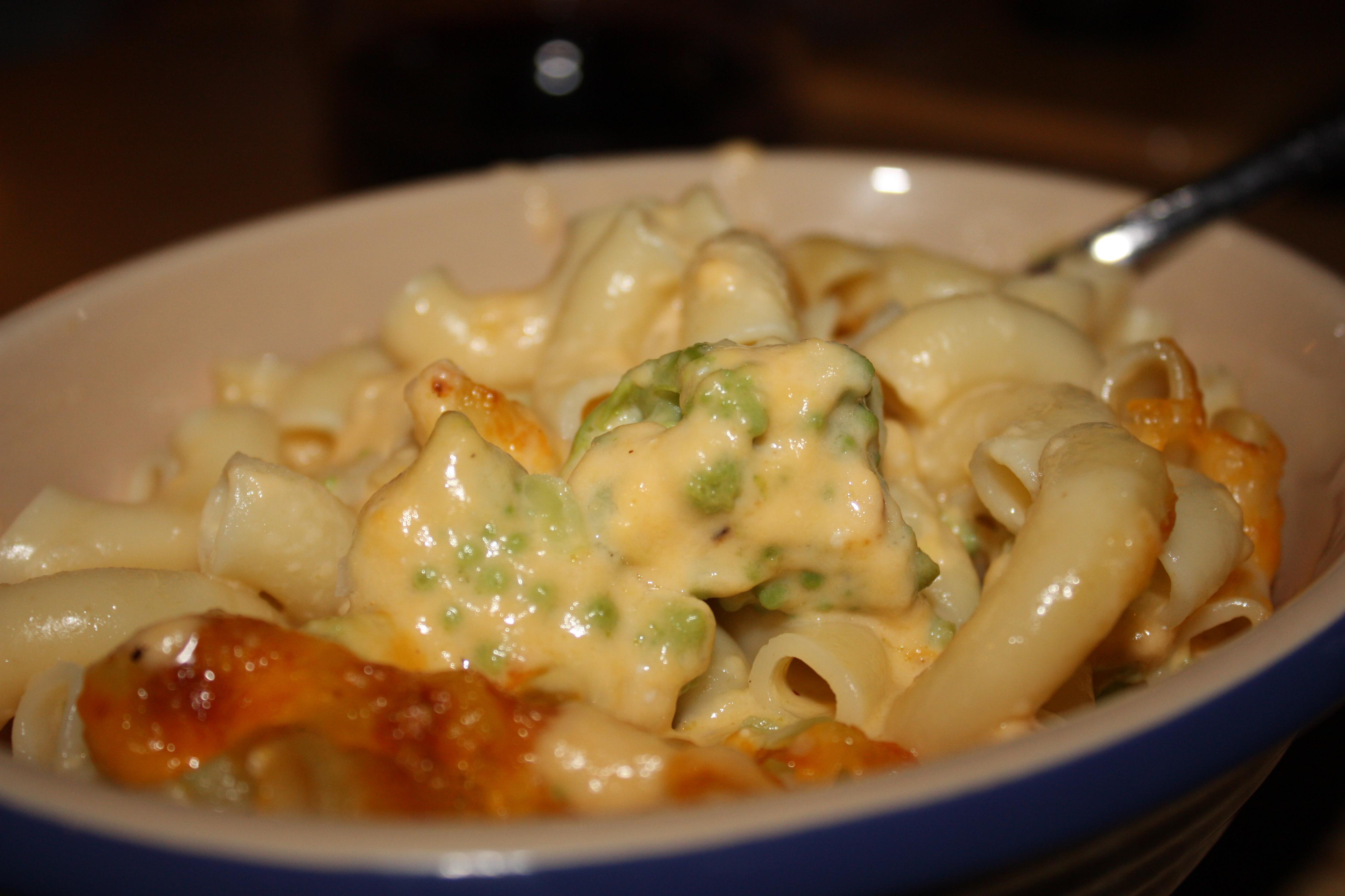 Cauliflower mac and cheese | Gourmet Veggie Mama